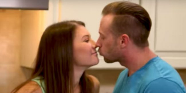Adam and Danielle Busby on OutDaughtered