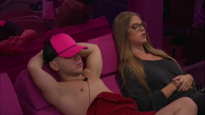 JC and Haleigh relax in the Big Brother 20 house