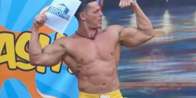 Jessie Godderz hosting a Big Brother competition