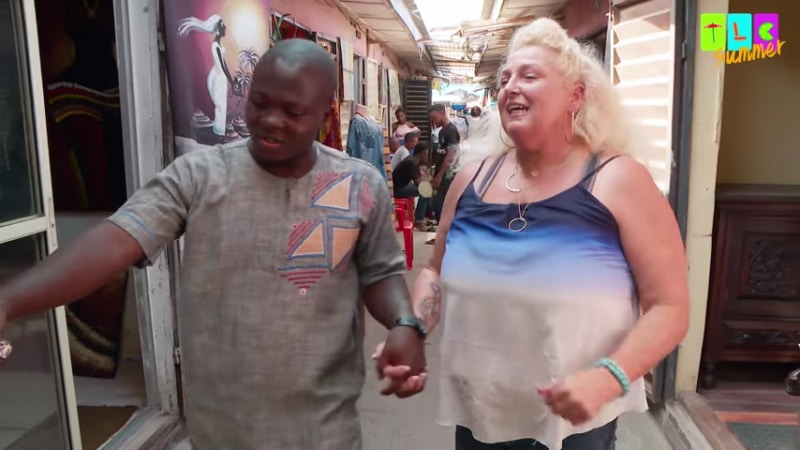 Angela and Michael go shopping in Nigeria on 90 Day Fiance: Before the 90 Days