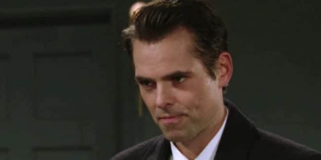 Jason Thompson as Billy Abbott