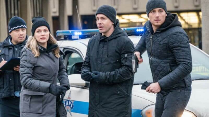 Cast members of Chicago P.D. outside in downtown Chicago