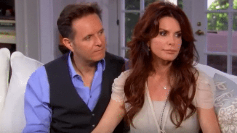 Roma Downey: Who is Mark Burnett's wife who accused Tom Arnold of bruising her hand in 'ambush'?