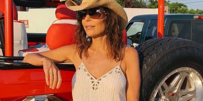 Bethenny Frankel is angry President Trump has not thanked her for her hurricane relief efforts
