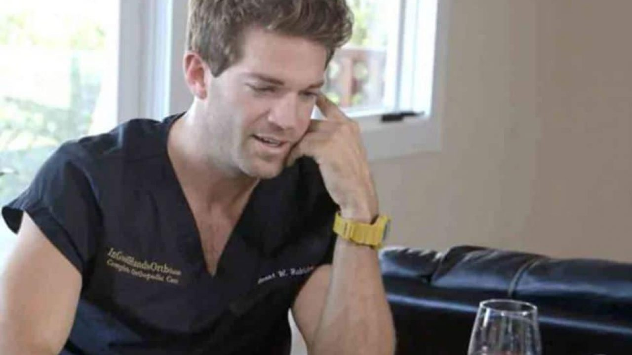 watch the online dating rituals of the american male