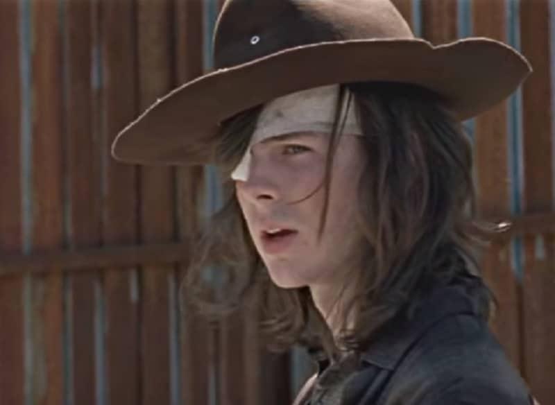 How does Carl die in The Walking Dead during Season 8 on AMC?