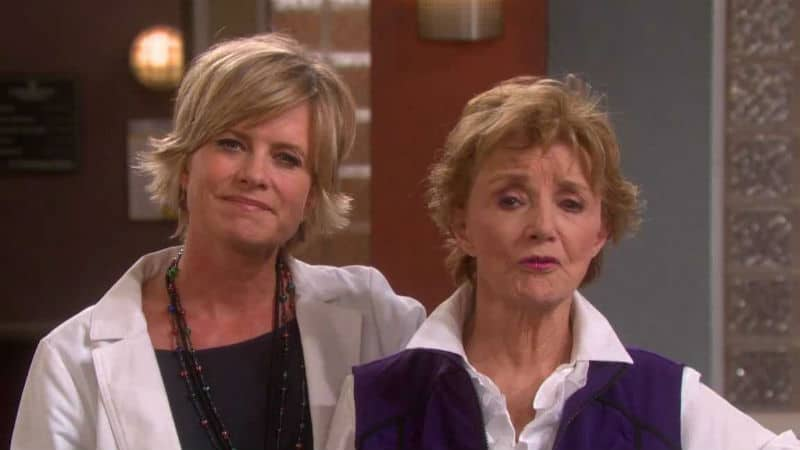 Mary Beth Evans and Peggy McCay on the Days of our Lives set