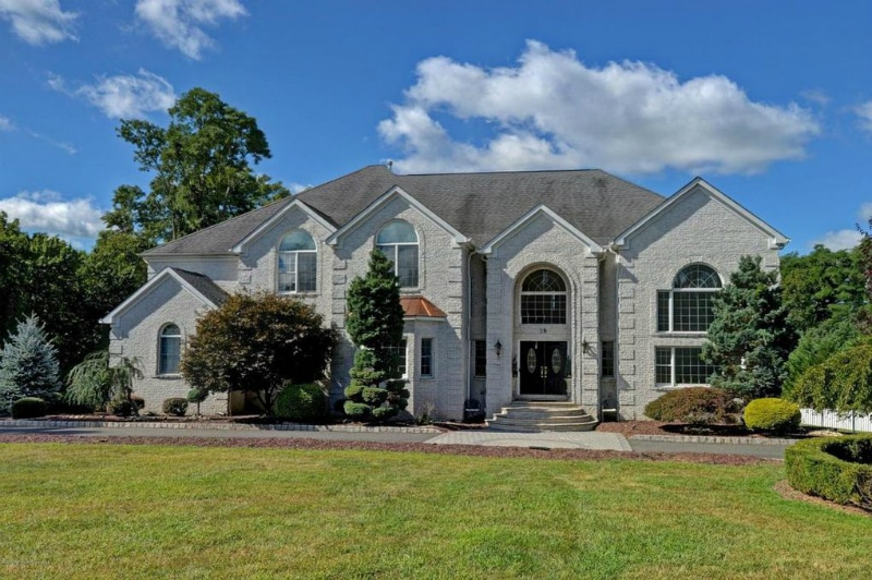 The Jersey Shore Family Vacation cast descends on this Manalapin mansion. Pic credit: Realtor.com