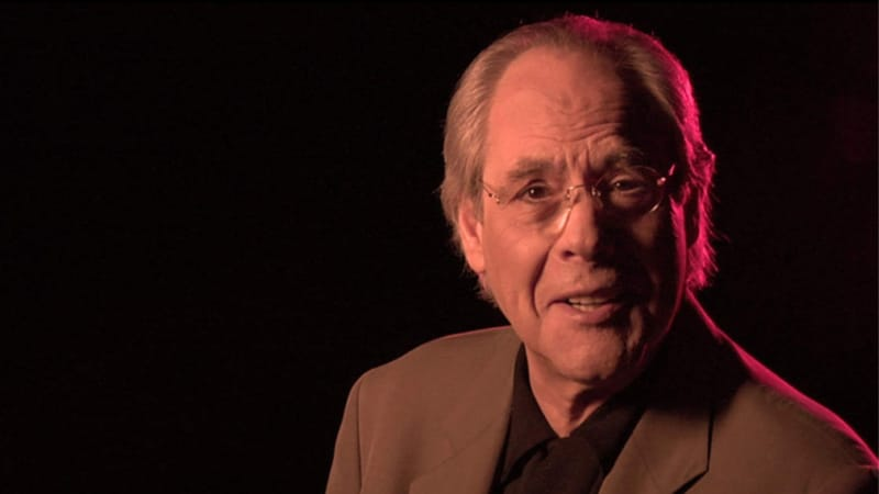 Who plays Grace's dad on Will & Grace? Actor Robert Klein has previous link to Debra Messing