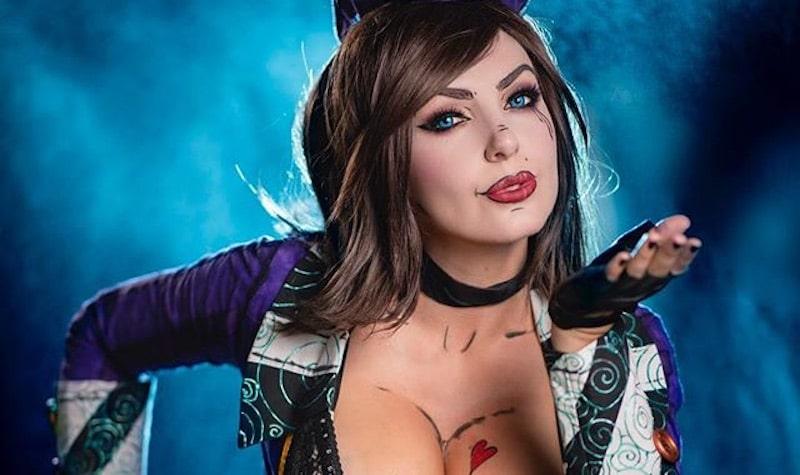 Jessica Nigri as Mad Moxxi