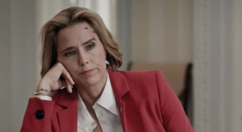 Tea Leoni as Elizabeth McCord during the basal cell carcinoma storyline on Madam Secretary