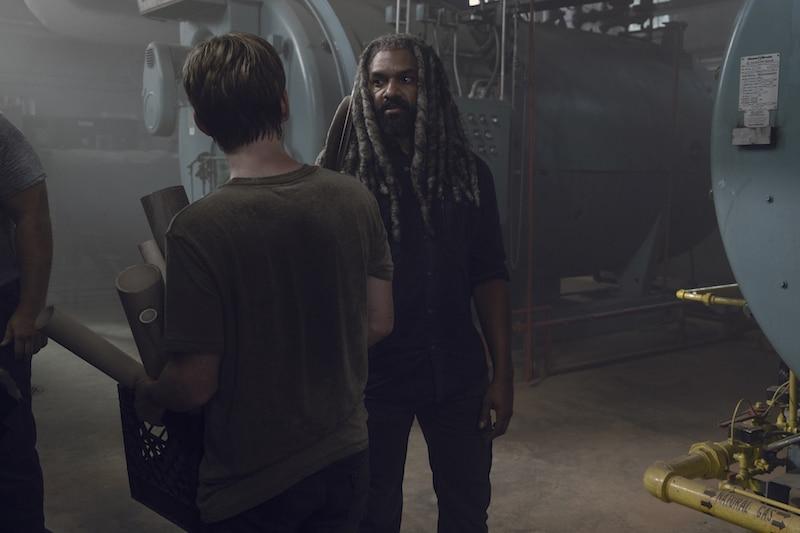Khary Payton as Ezekiel, Matt Lintz as Henry- The Walking Dead _ Season 9, Episode 6 - Photo Credit: Gene Page/AMC