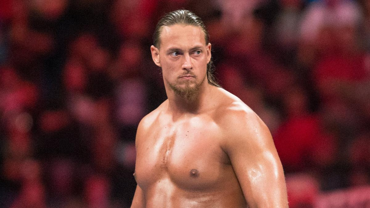 WWE News: Big Cass suffers a seizure at an indie show during autograph signing