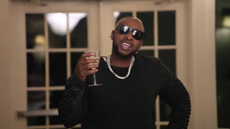 Ceaser makes a toast at Young Bae's wedding