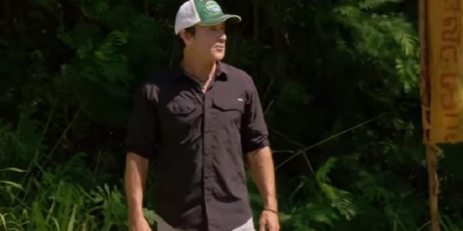 Host Jeff Probst during the Season 37 finale