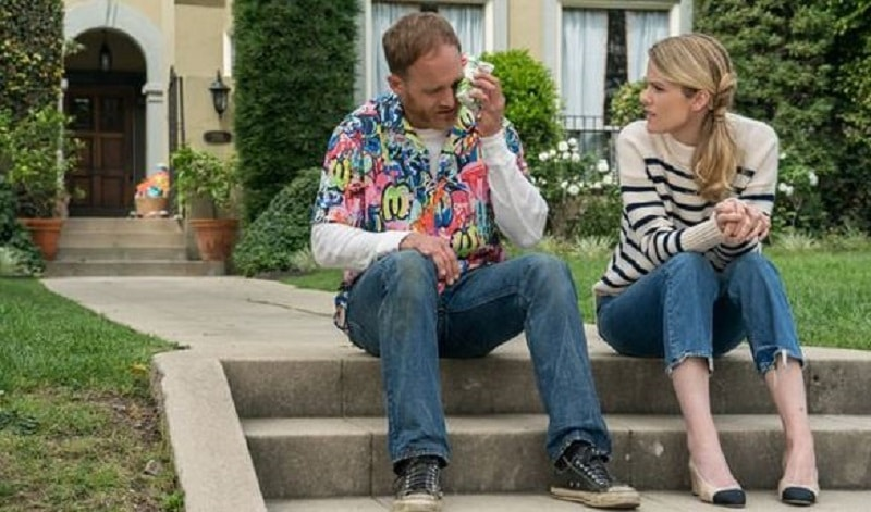 Grace and Frankie: Ethan Embry and Brooklyn Decker