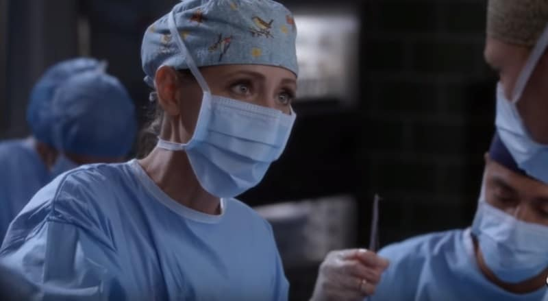 Teddy tries to save a patient on Grey's Anatomy. She also has a secret