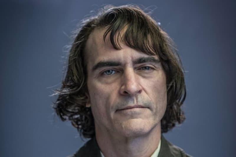 Joaquin Phoenix as Arthur Flec.