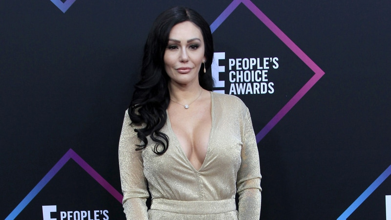 Video of JWoww and husband Roger allegedly shows him attacking her during fight