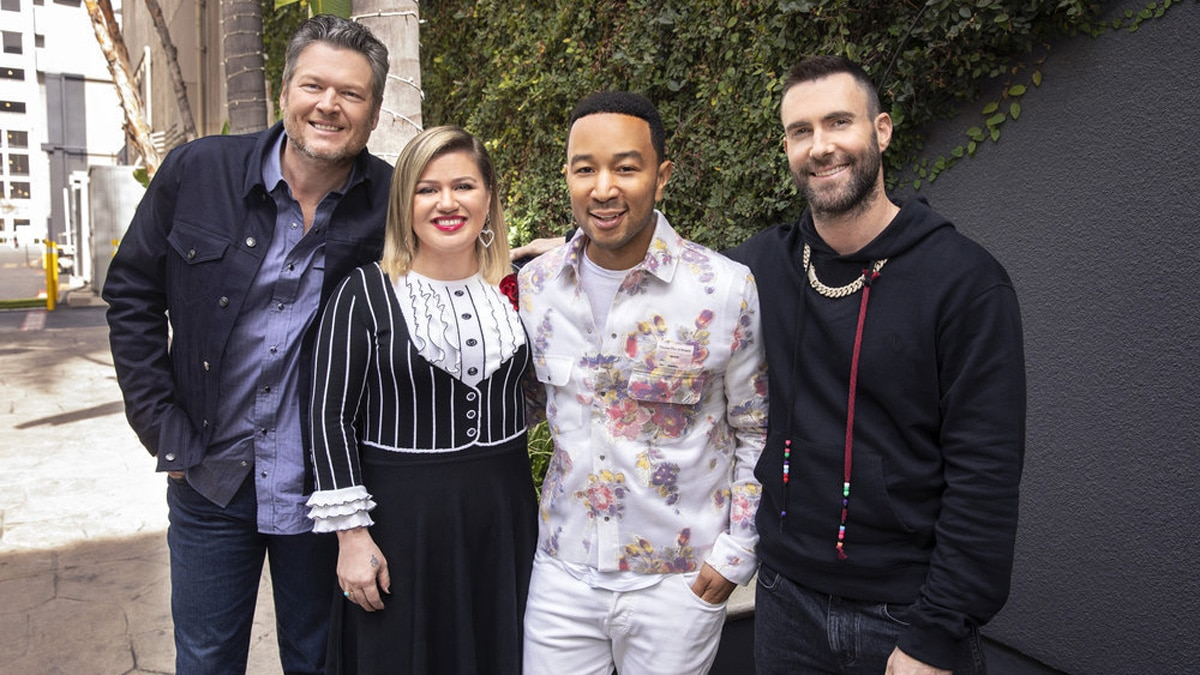 SNEAK PEEK! Watch a blind audition singer shock The Voice's new judge John Legend plus Kelly, Blake and Adam in Monday's Season 16 premiere!