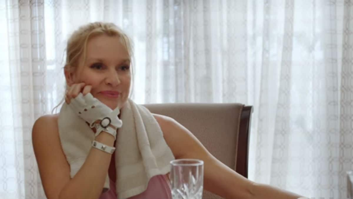 Nicollette Sheridan on Dynasty