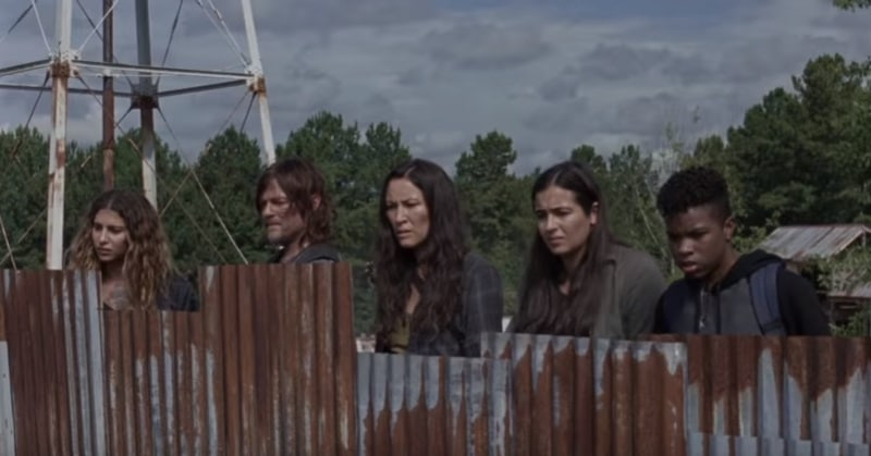 Eleanor Matsuura (center) plays Yumiko on The Walking Dead cast.