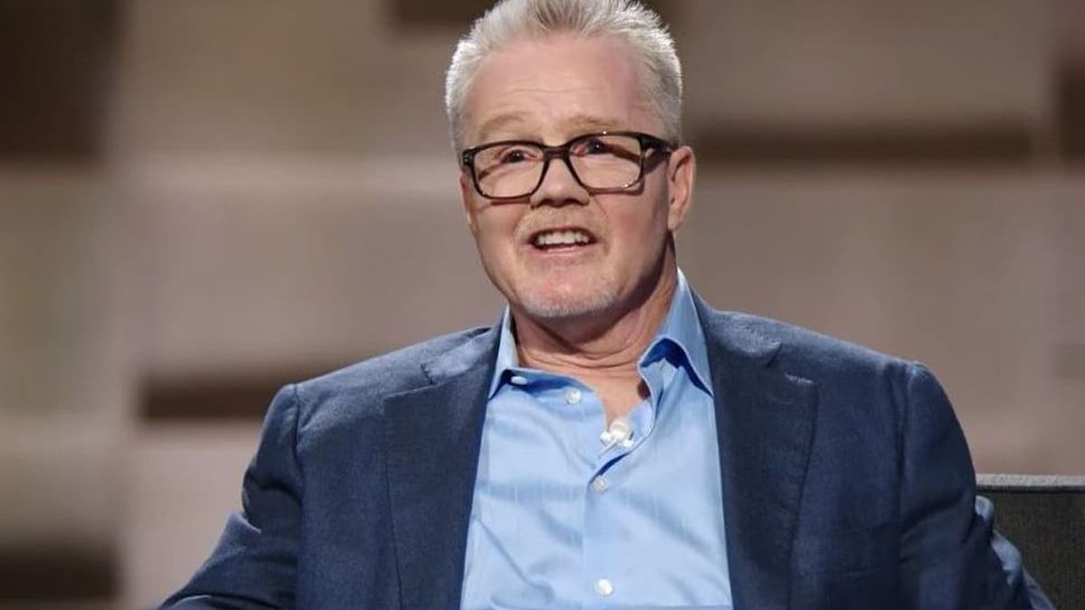 Freddie Roach's crazy Kinkos fight on Undeniable with Dan Patrick, preview