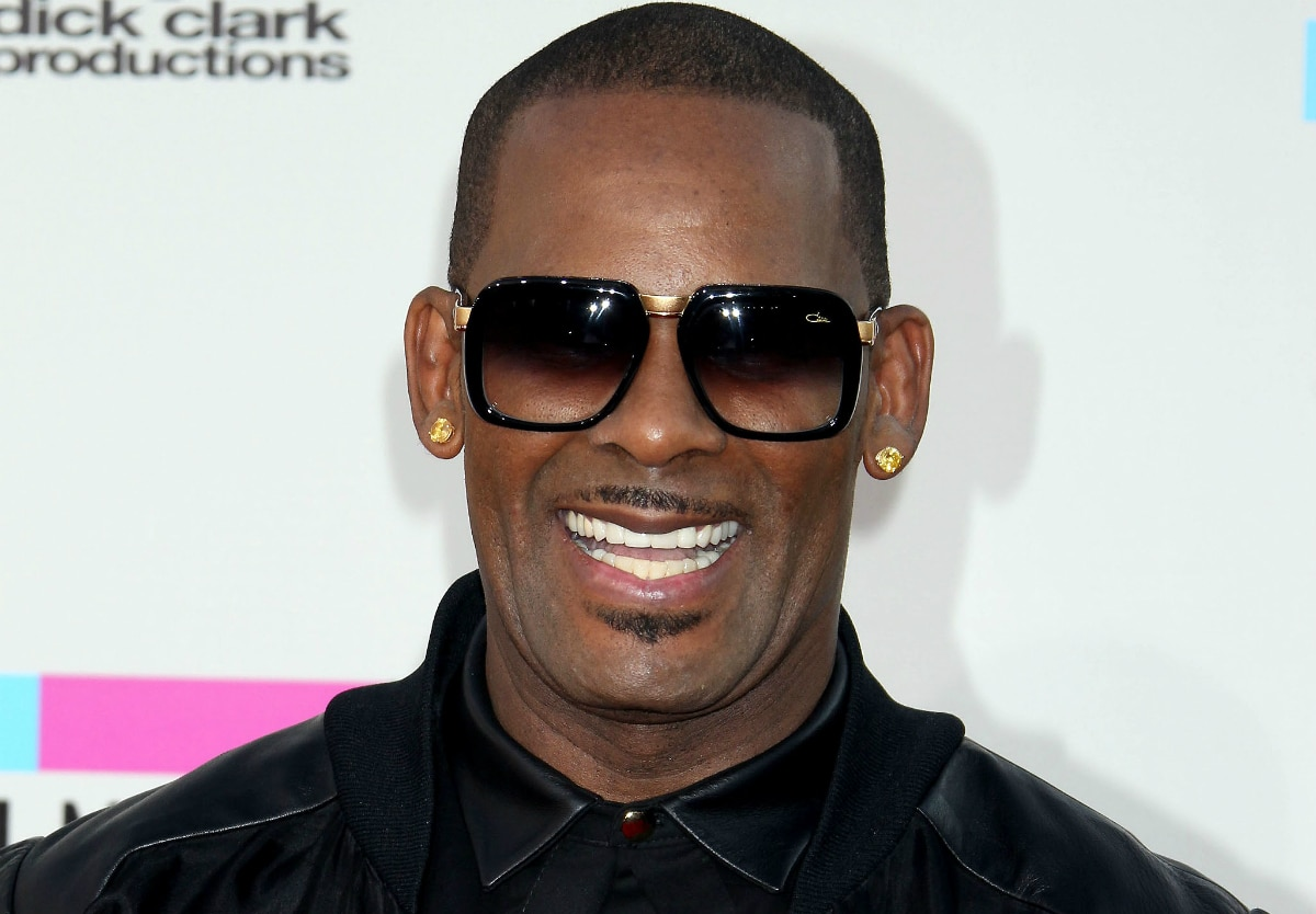 R. Kelly on the red carpet