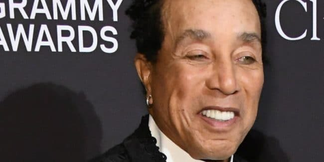 Smokey Robinson defends J. Lo's Motown tribute at 2019 Grammys