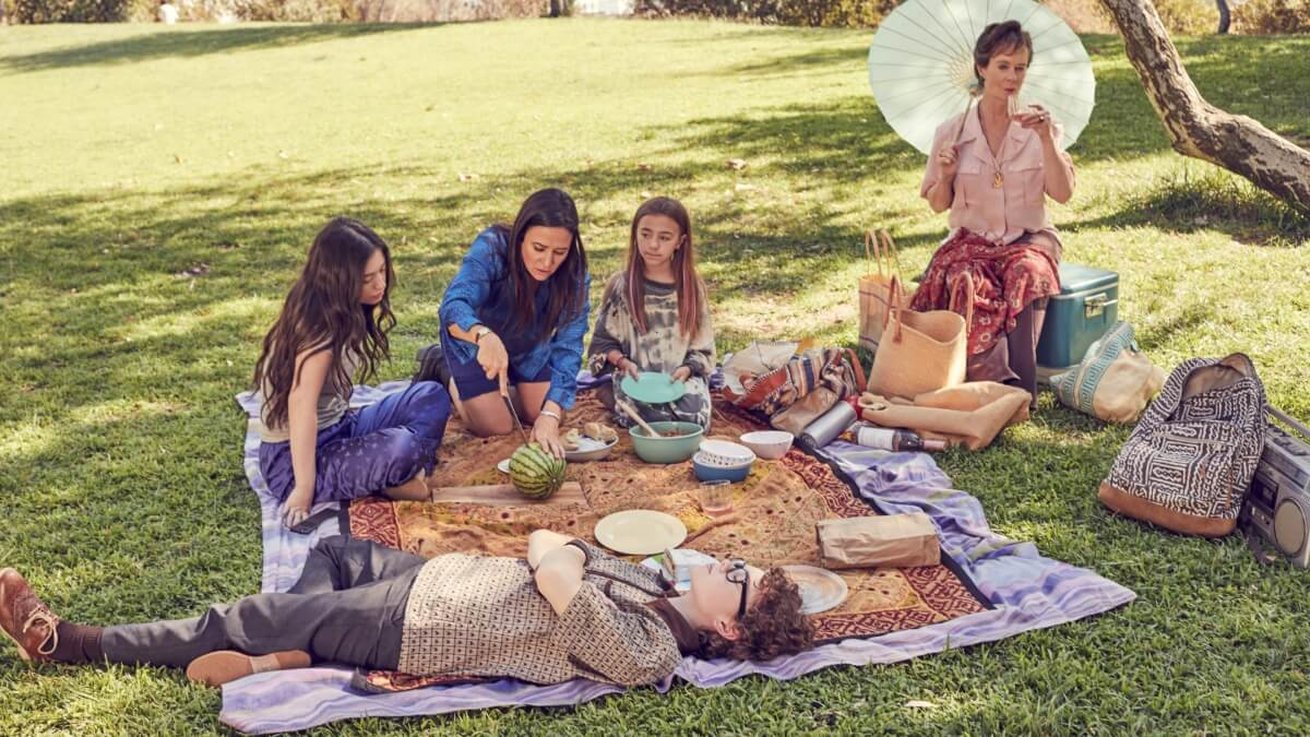01 BetterThings S03 GROUP PICNIC - Better Things exclusive: Sam Fox's three girls talk about the season of changes