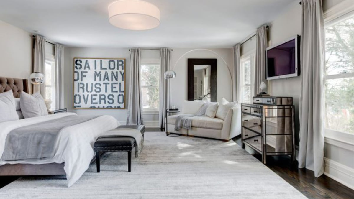 Bethenny Frankel's bedroom