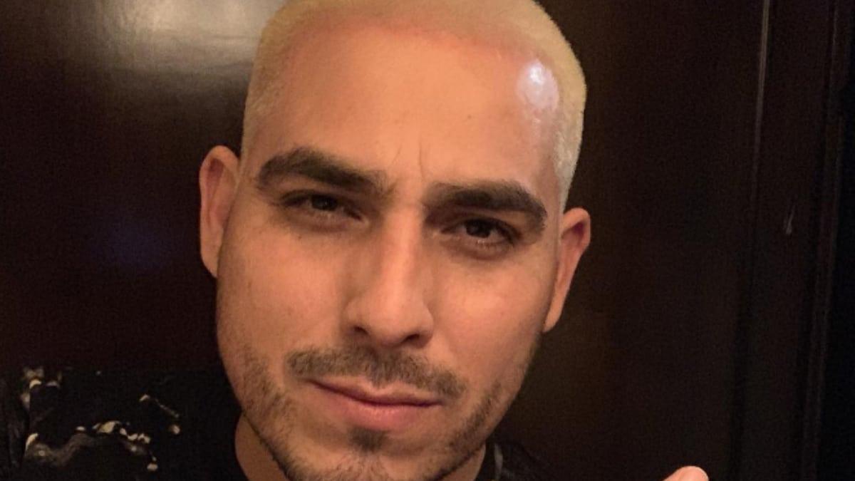 Espinoza Paz goes blonde