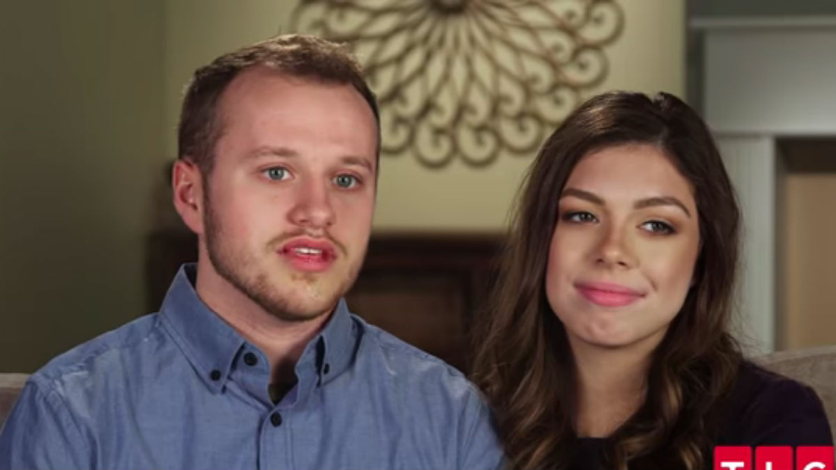 Josiah and Lauren Duggar during a Counting On confessional