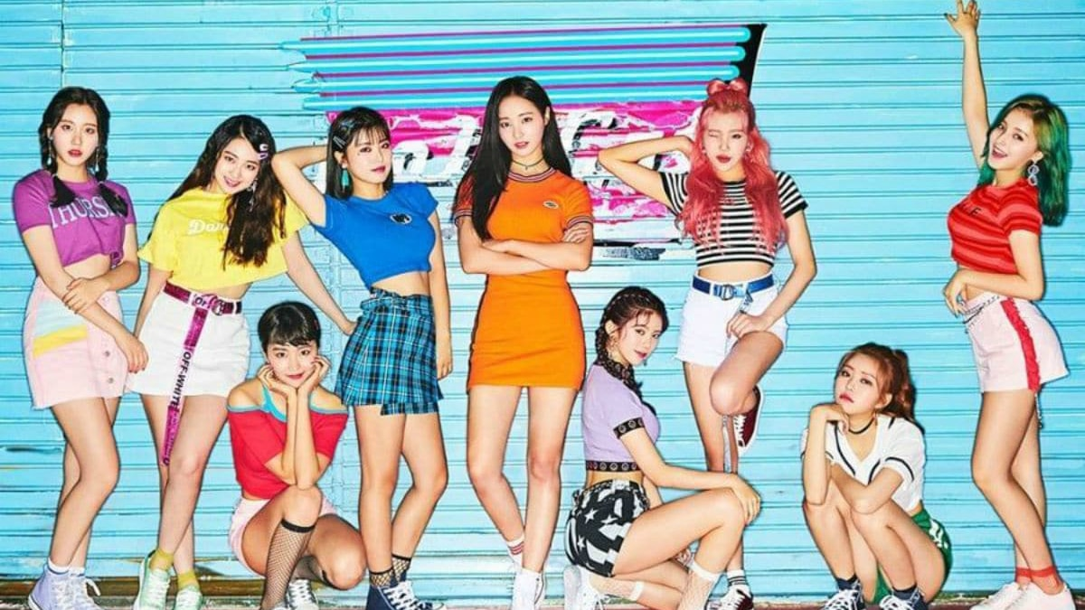 Momoland promotions for BAAM