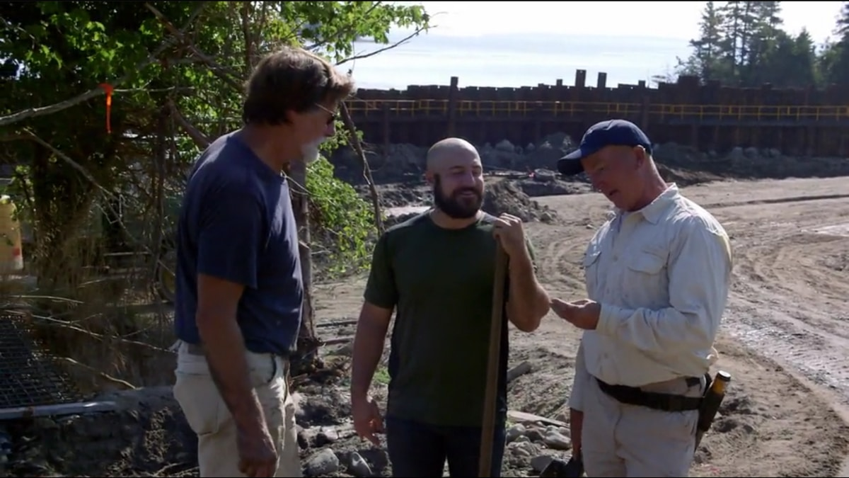 The Curse of Oak Island team discovers what could be a rare coin