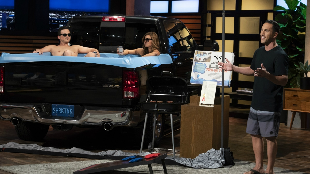 Pick-Up Pools presents their business idea on Shark Tank