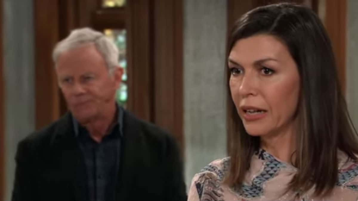 Finola Hughes and Tristan Rogers as Anna and Robert on General Hospital