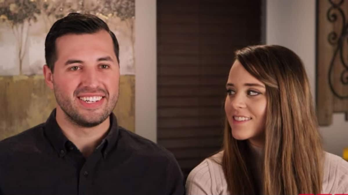 Jeremy Vuolo and Jinger Duggar during a Counting On confessional