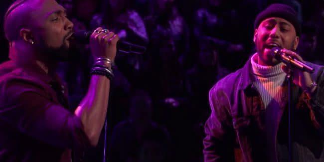 Julian King and Denton Arnell perform Bruno Mars' Grenade on The Voice