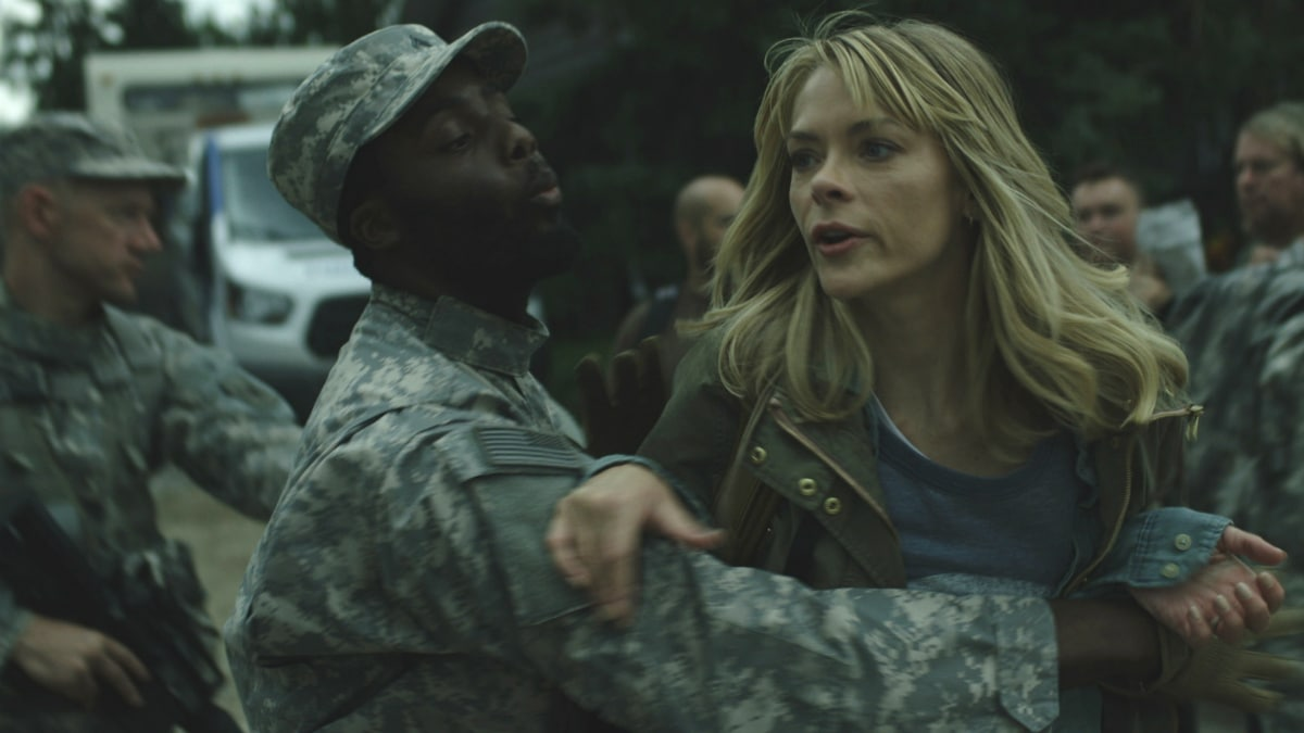 Jaime King stars as Rose in Netflix's 'Black Summer'