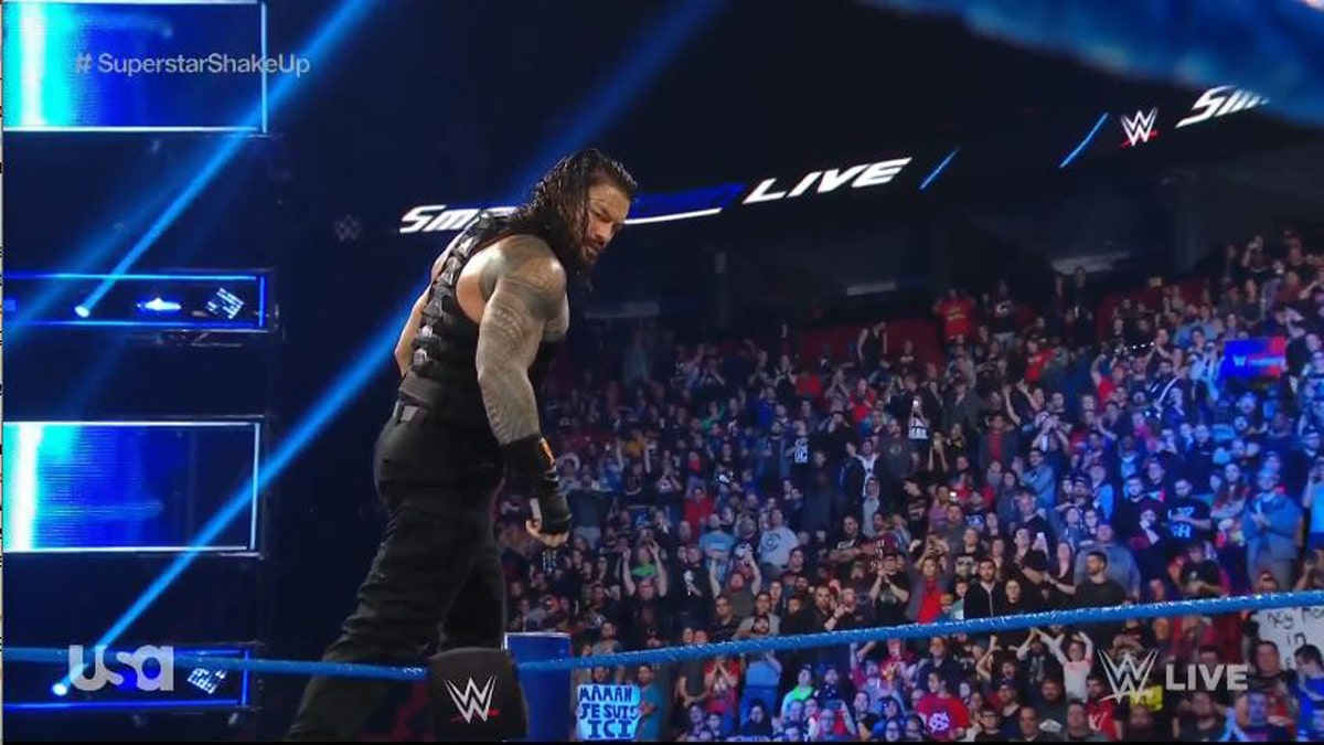 Roman Reigns becomes the new face of WWE SmackDown Live