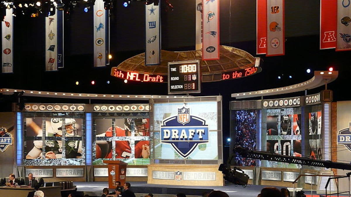 what time is 2019 nfl draft tonight first round tv channel