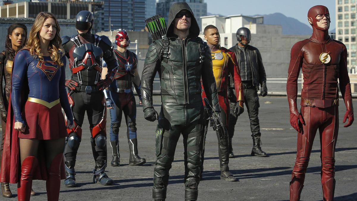 Arrowverse characters assemble
