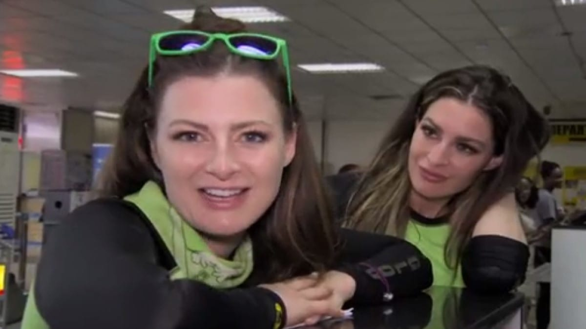 Rachel And Elissa On Amazing Race