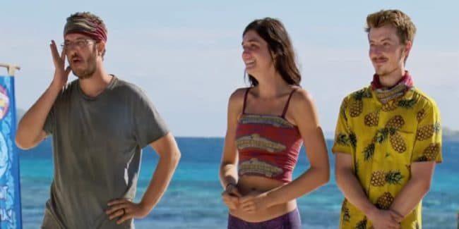 Survivor castaways react to seeing their loved ones on new episode.