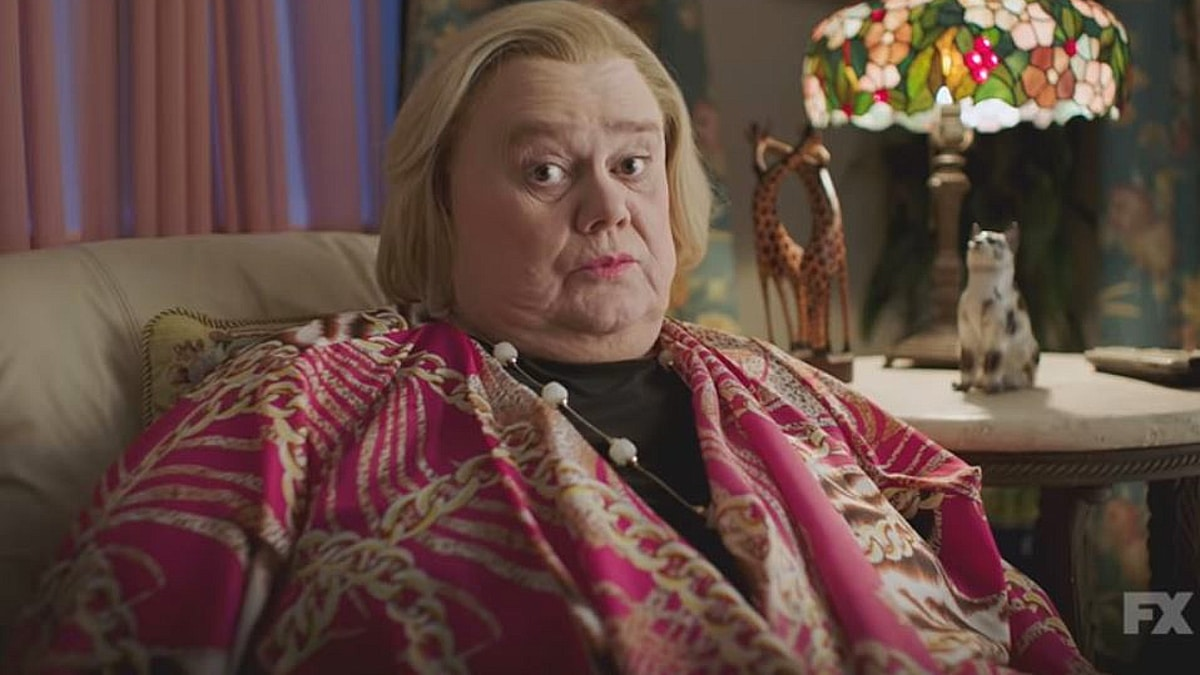 baskets use 150x150 - Baskets on FX season 4 preview: Louie Anderson still the best TV mother