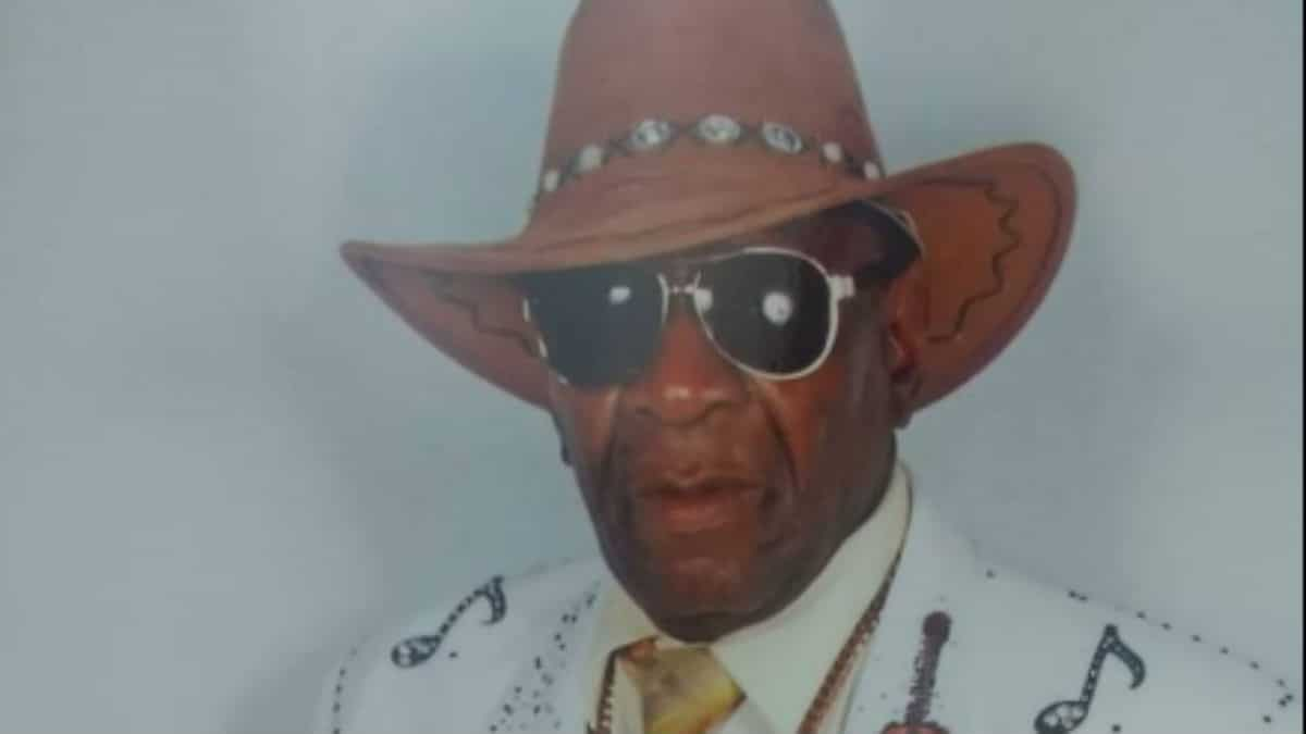Bishop Bullwinkle death - Bishop Bullwinkle death: Pastor and viral 'Hell 2 Da Naw Naw' singer dead at 70