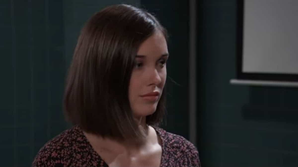 Katelyn MacMullen as Willow on General Hospital.