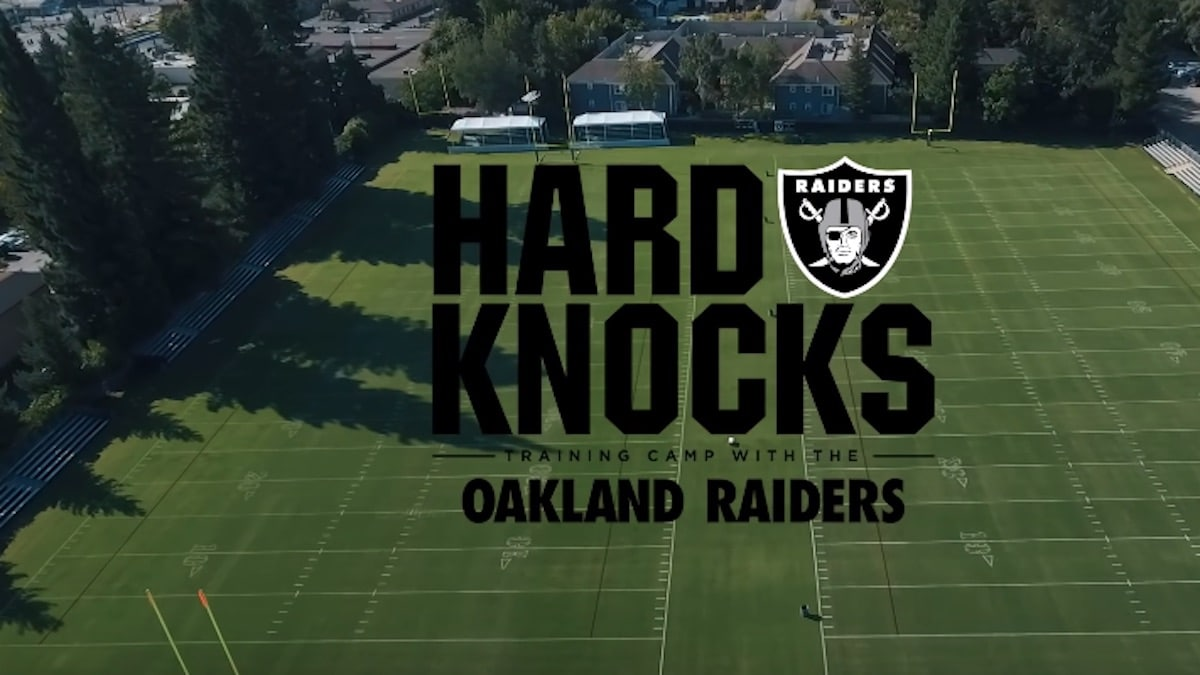 the oakland raiders featured on hbo's hard knocks