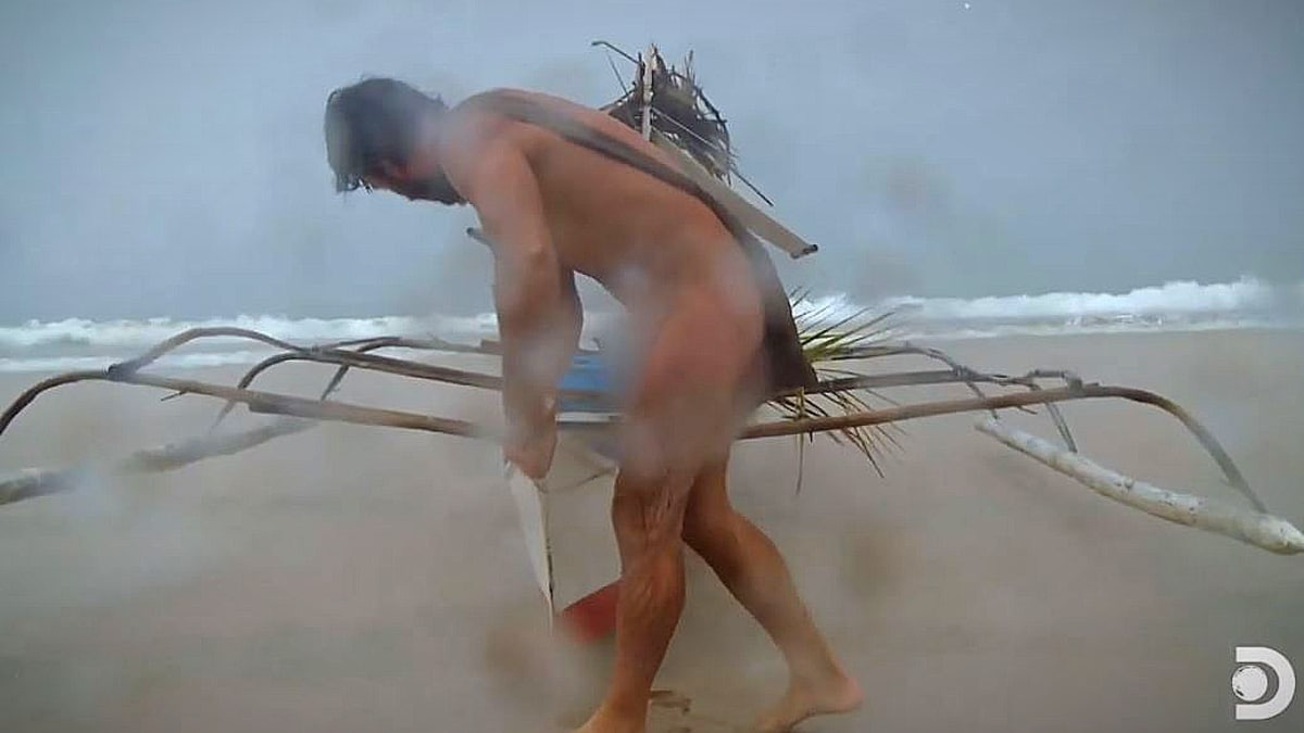 At this point Jeff has sent Laura to tend the fire as he manages the boat out of the surf. Pic credit: Discovery